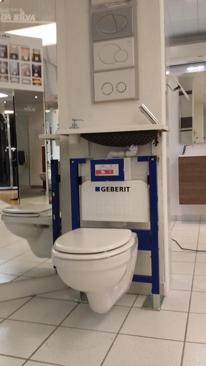 toilette avec lavabo integre 28 images pointwc cuvettes wc kit b 226 ti lave mains int 233. Black Bedroom Furniture Sets. Home Design Ideas
