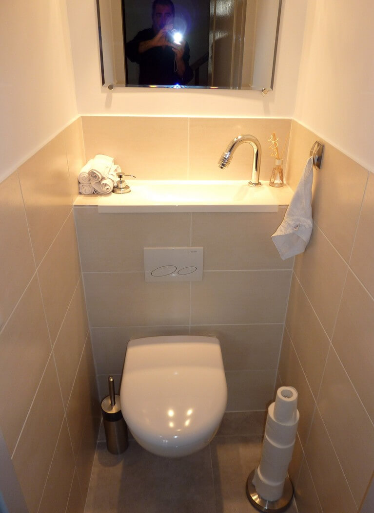 wc suspendu avec vasque galerie wici bati. Black Bedroom Furniture Sets. Home Design Ideas