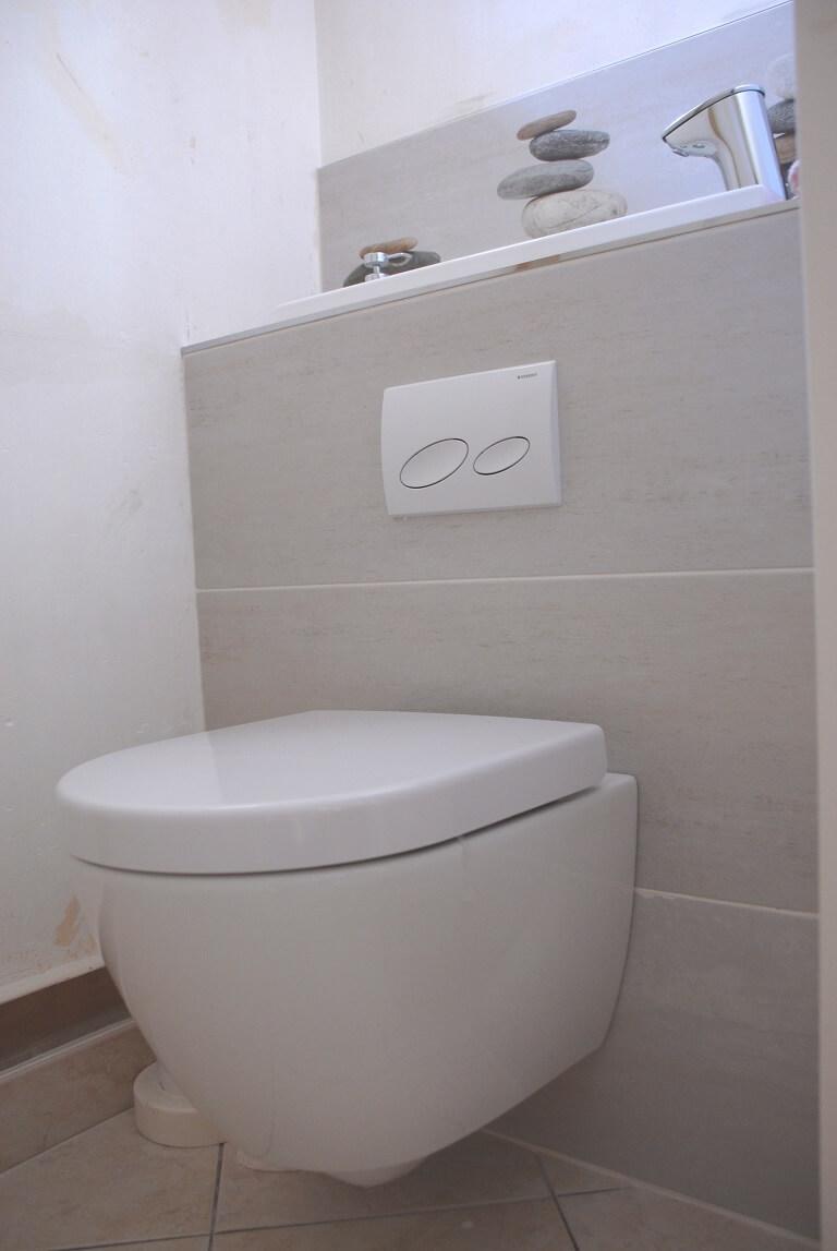 wc suspendu avec vasque galerie page 4. Black Bedroom Furniture Sets. Home Design Ideas