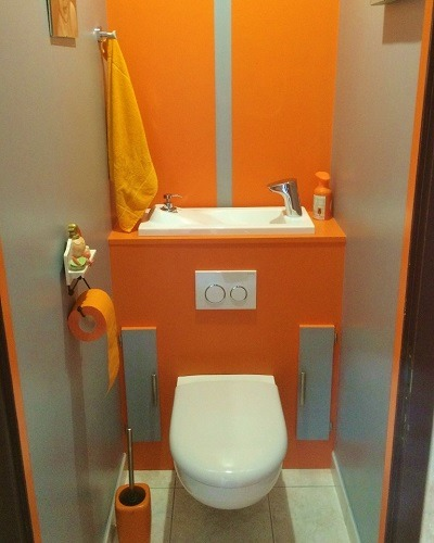 Installation wc suspendu wici concept for Modele carrelage toilette