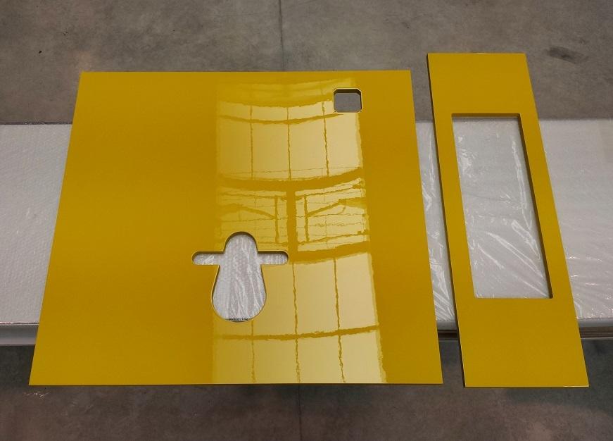 Habillage jaune pour WC suspendu