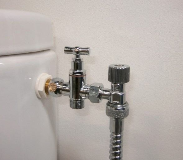 Knurled tap for bidet sprayer